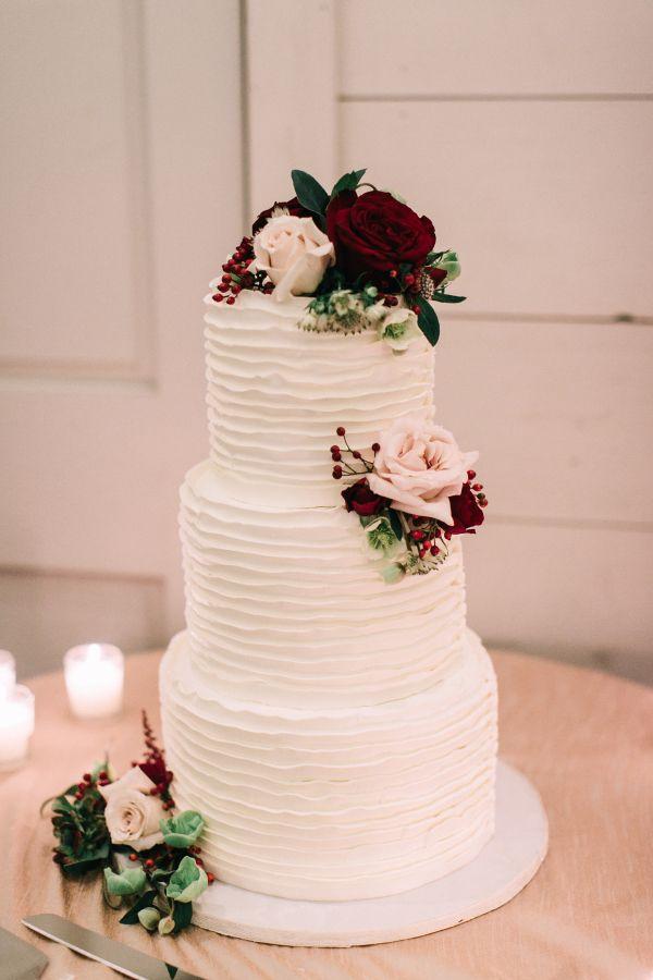 Hochzeitstorte Mit Echten Blumen Dreistockig Elegant Weddings