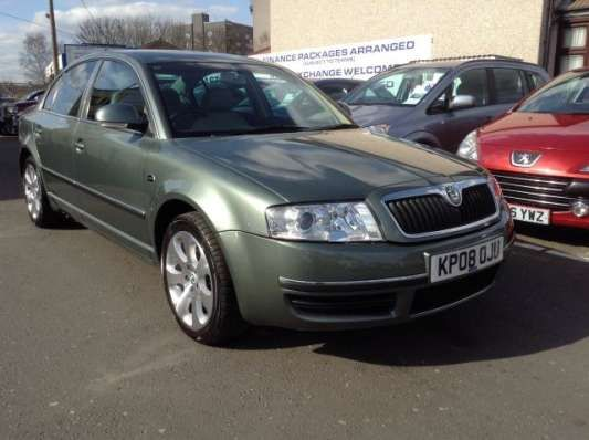 Used 2008 (08 reg) Green Skoda Superb 2.0 TDI PD Laurin + Klement 4dr for sale on RAC Cars