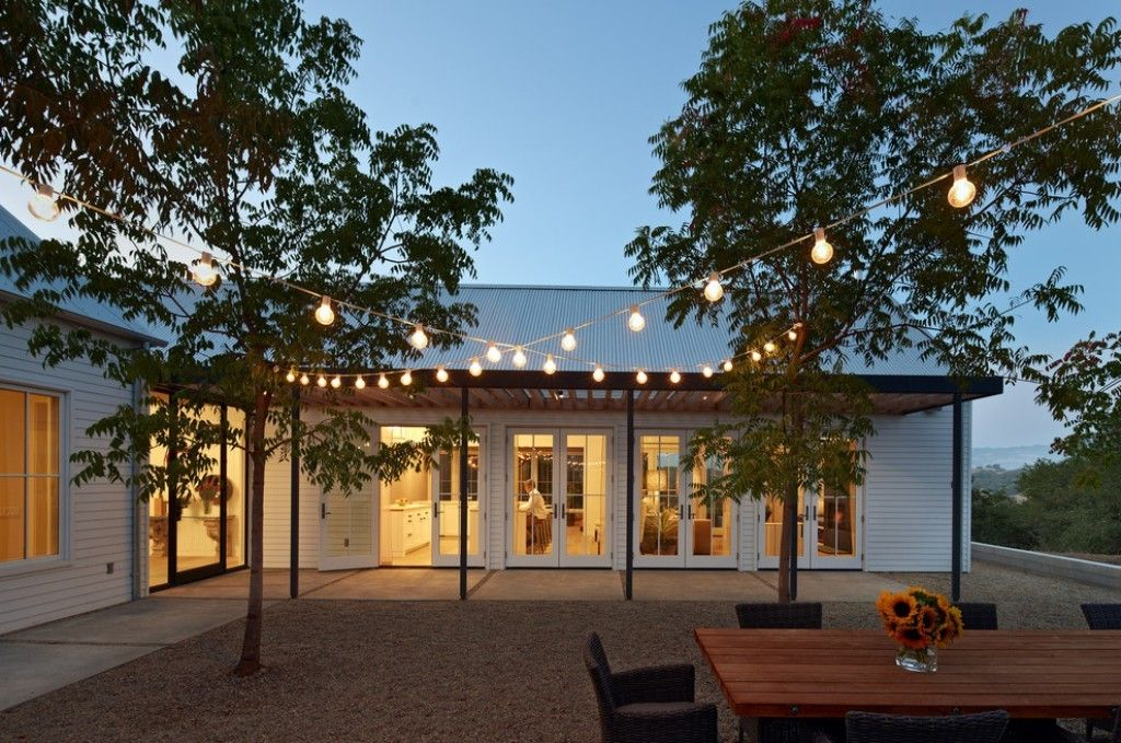 Beau Outdoor Hanging Lights For Elegant Backyard