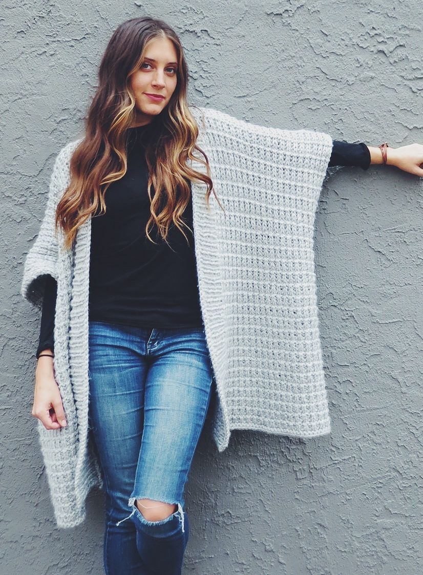 Lace Pullover Free Knitting Patterns | Knitting patterns, Ponchos ...