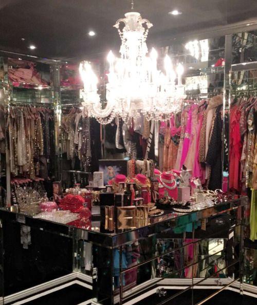 Cabina Armadio Paris Hilton.Paris Hilton S Walk In Closet Walk In Closet Nel 2019