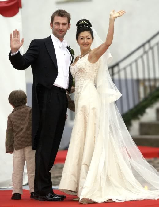 Countess Alexandra Christina Manley of Frederiksborg & hotographer Martin Jorgensen wed on March 3, 2007