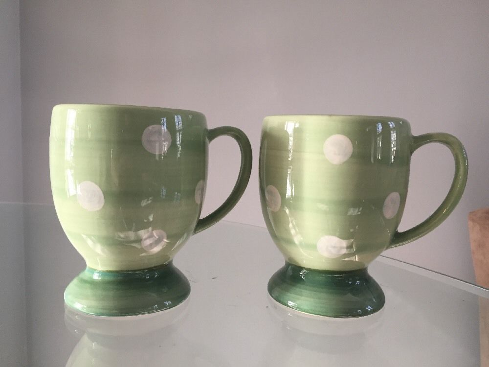 2 Two Southern Living at Home Gail Pittman Provence green Dot Pedestal Mugs #SouthernLiving