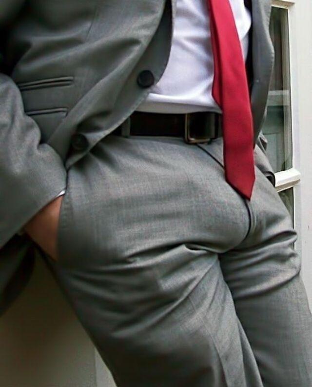 Visible Penis Bulge - Homemade Porn