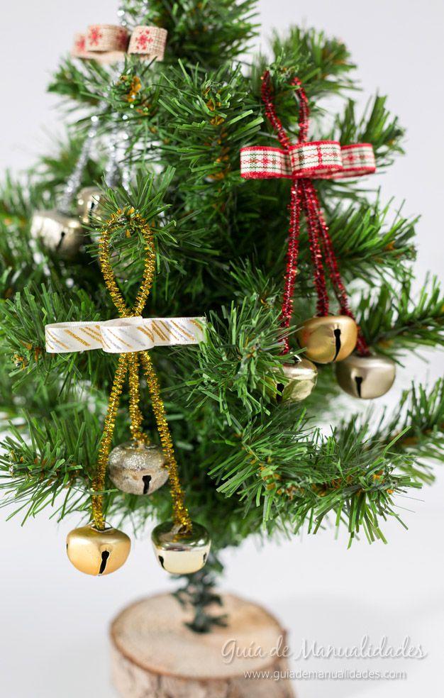 Adornos con cascabeles para el rbol de navidad for Adornos navidenos para el arbol