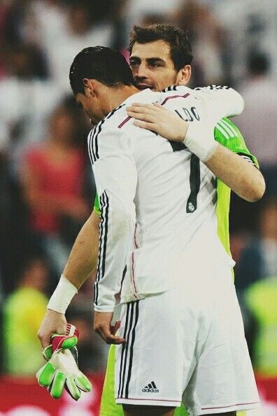 El Clasico. La Liga BBVA. 25/10/14. Cristiano Ronaldo v Barcelona. Iker Casillas.