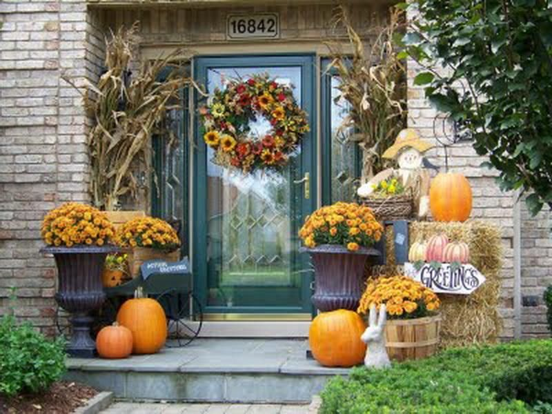 Best 25 fall porches ideas on pinterest fall decor for for Autumn decoration