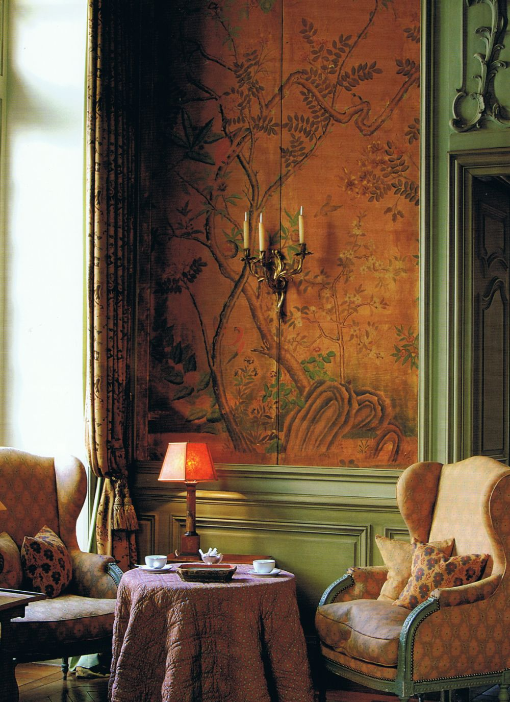French Essence / Chinoiseried  walls over wainscoting.