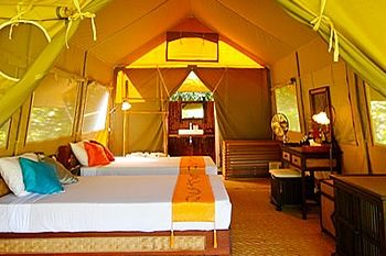 What A Glamorous Tent I Might Be Able To Live Here Year Round Luxury Tents Luxury Camping Tent Glamping