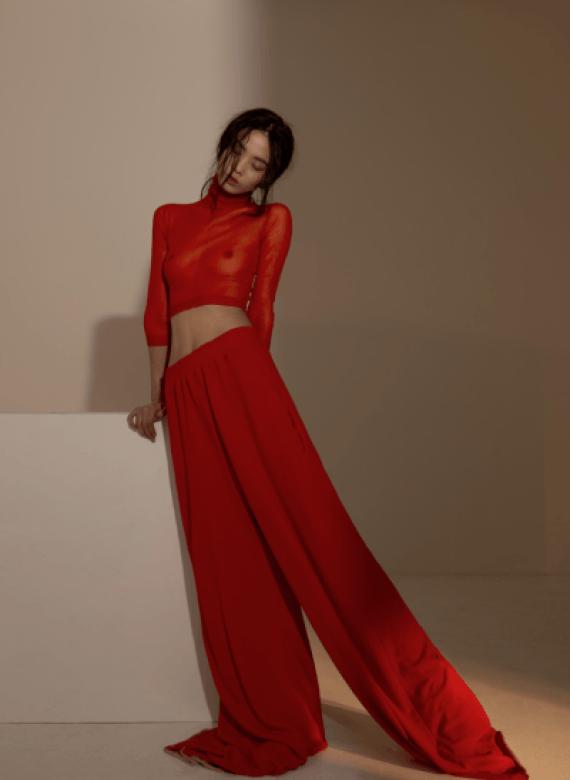 knitGrandeur: Seeing Red