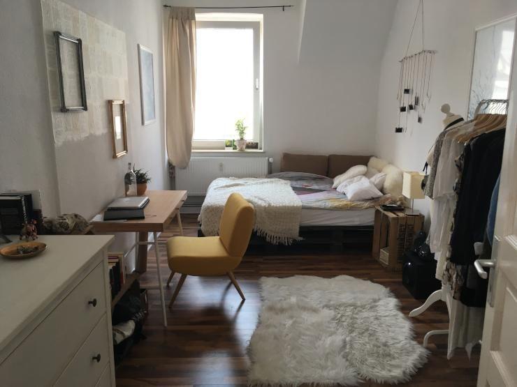 Schones 15 Qm Altbau Zimmer In Netter 3er Wg Wg Zimmer Bielefeld
