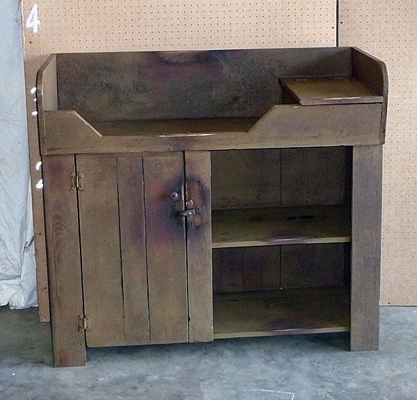 Rustic Dry Sink That Would Make An Adorable Baby Changing Table!