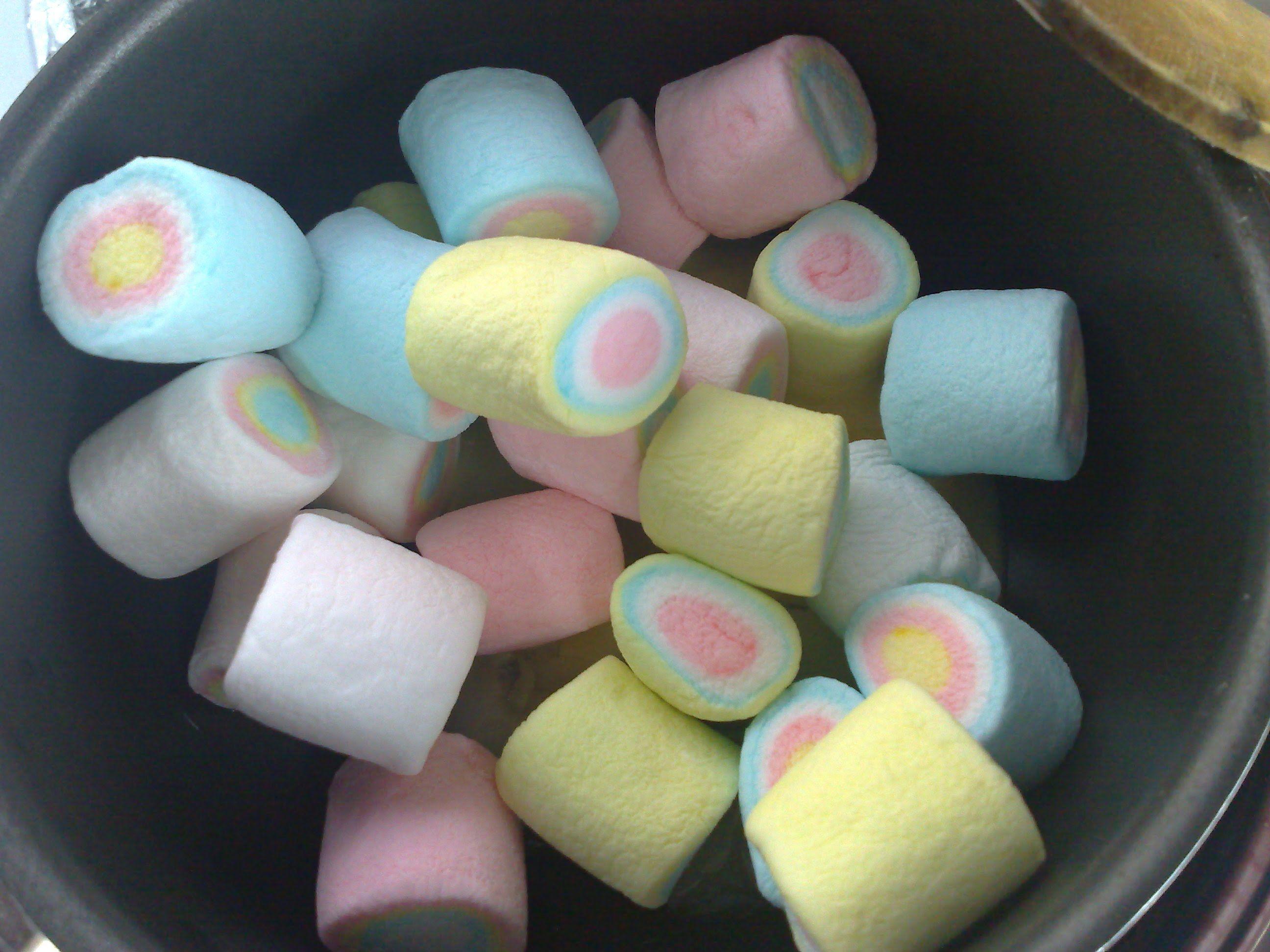 خدود البنات Sweets Desserts
