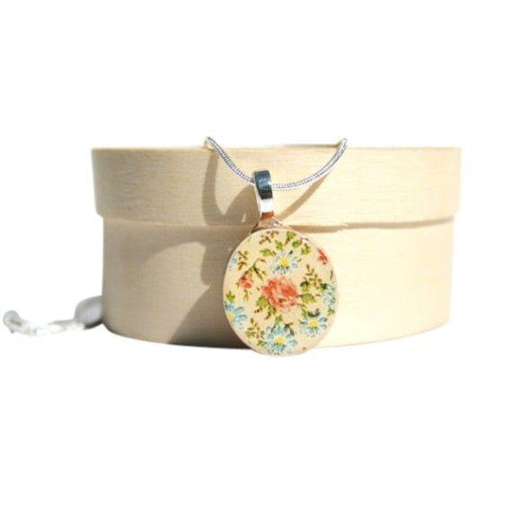 Cream Floral Pendant. #necklaces #jewelry   9thelm.com