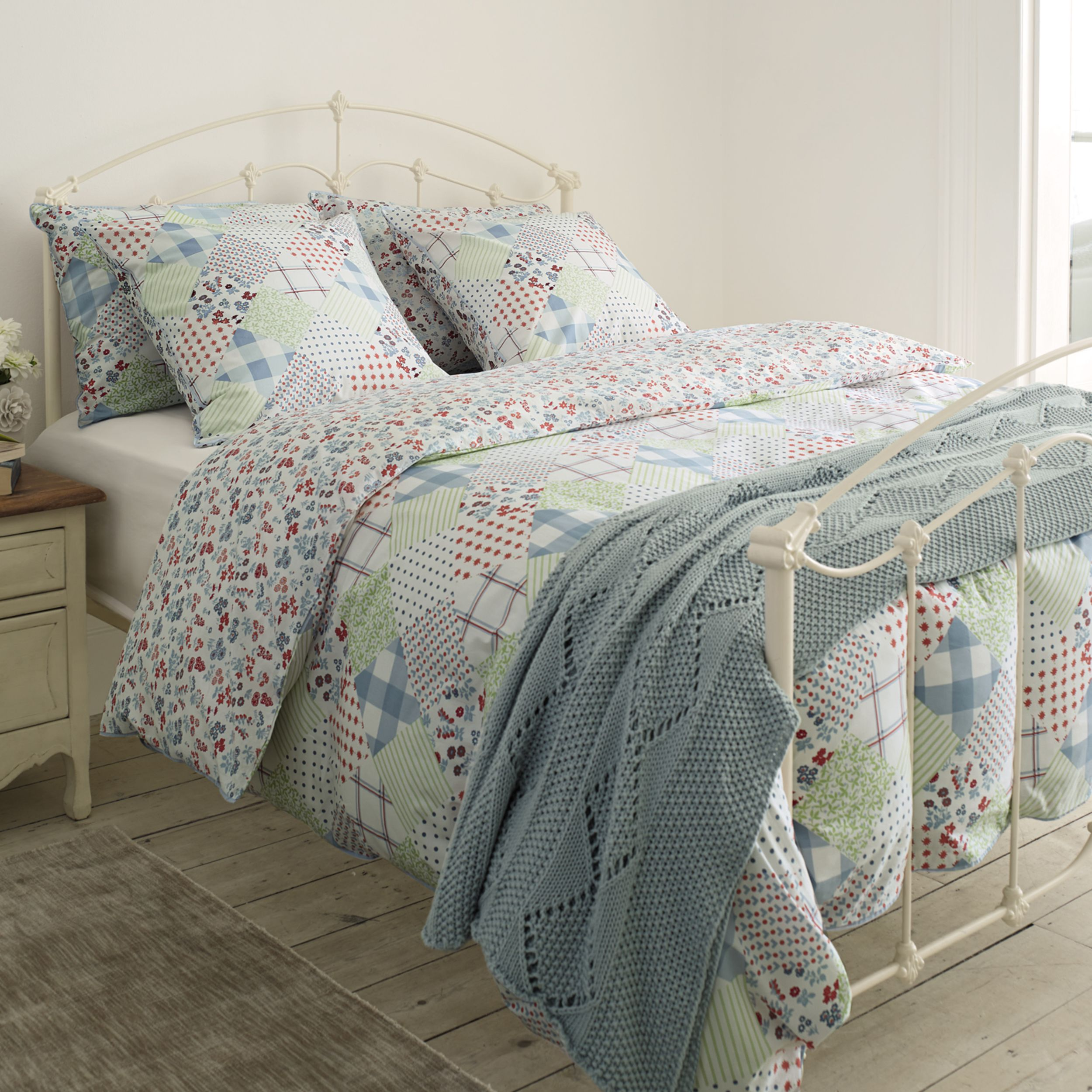 Country Patchwork Bed, Bed images, Childrens room decor