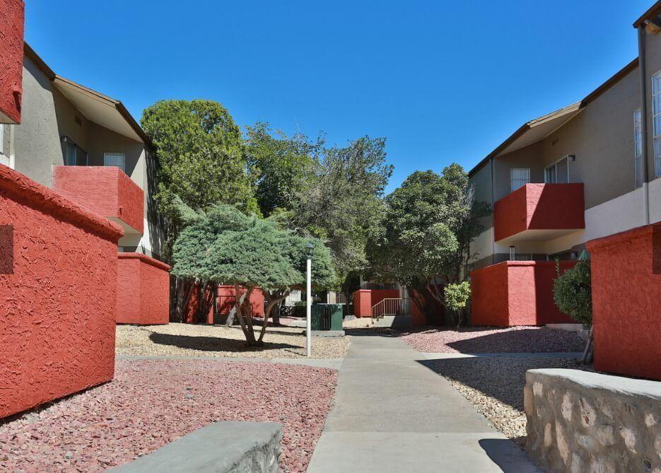 Desert Peaks Apartments In El Paso Tx House Styles Outdoor Decor Outdoor