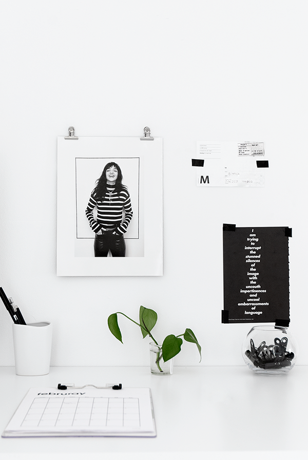 desk / @bellafosterblog