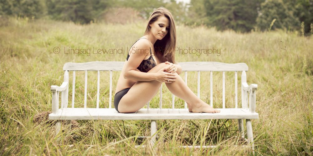 #country boudoir #outdoor #LindsayLewand #photographer