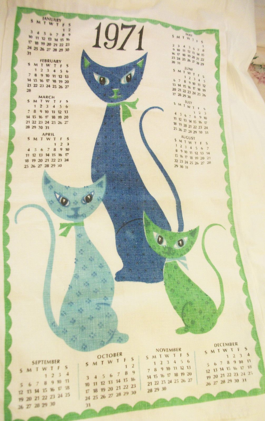 1971- what a flood of memories this brings back. Mom and Grandmom had this towel.