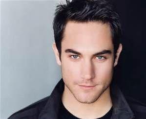 Cute Male European Actors Dark Hair Blue Eyes Black Hair Blue Eyes Black Hair Green Eyes