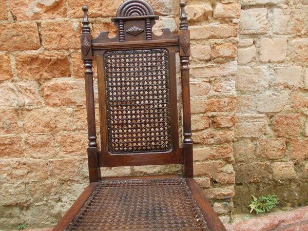 Cadeira em madeira com palha ebanizada