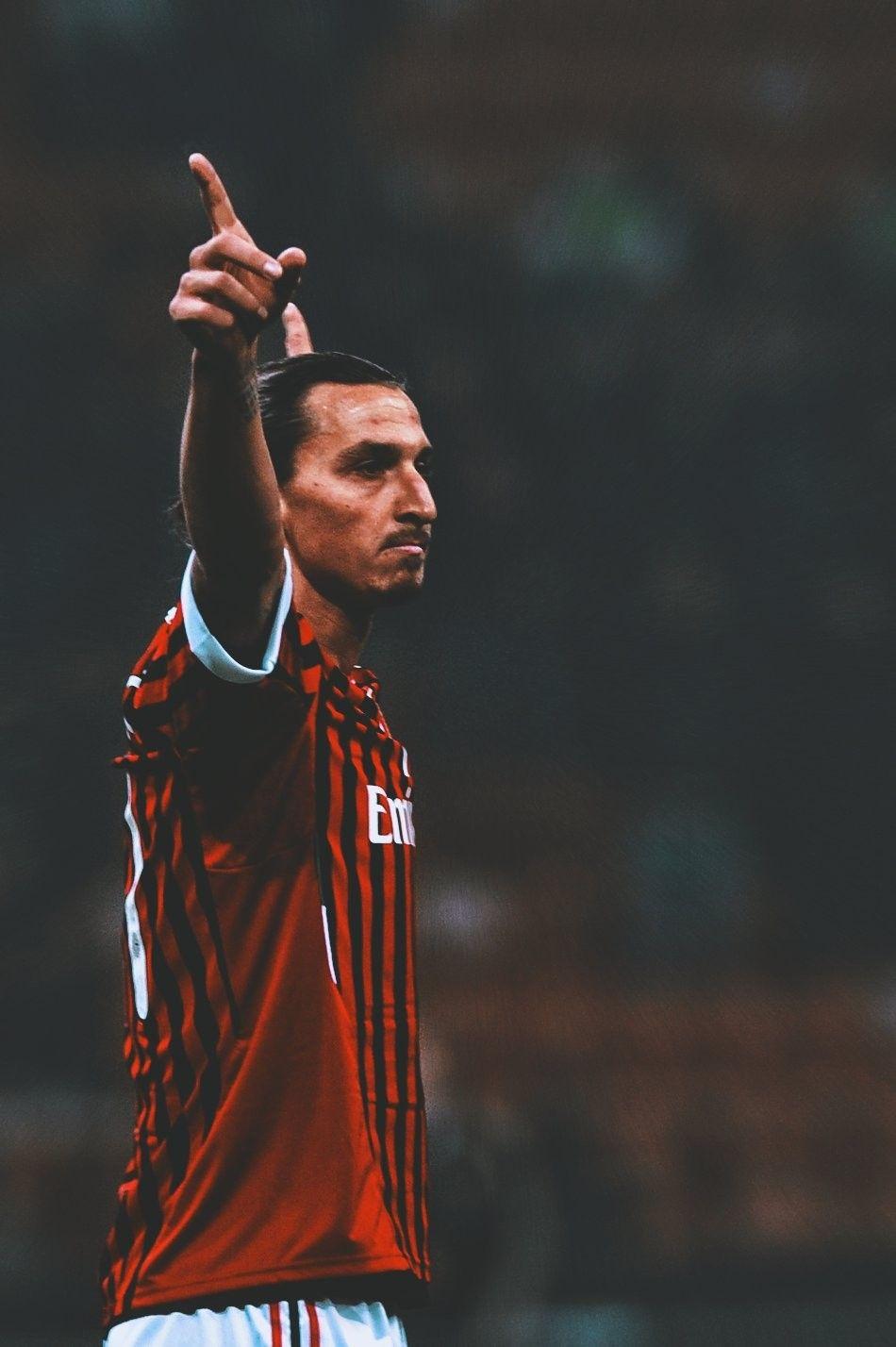 Zlatan Ibrahimovic Foto Di Calcio Giocatori Di Calcio Calcio