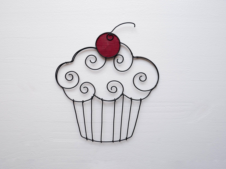 Cup cake en fil de fer recuit, décoration murale cuisine