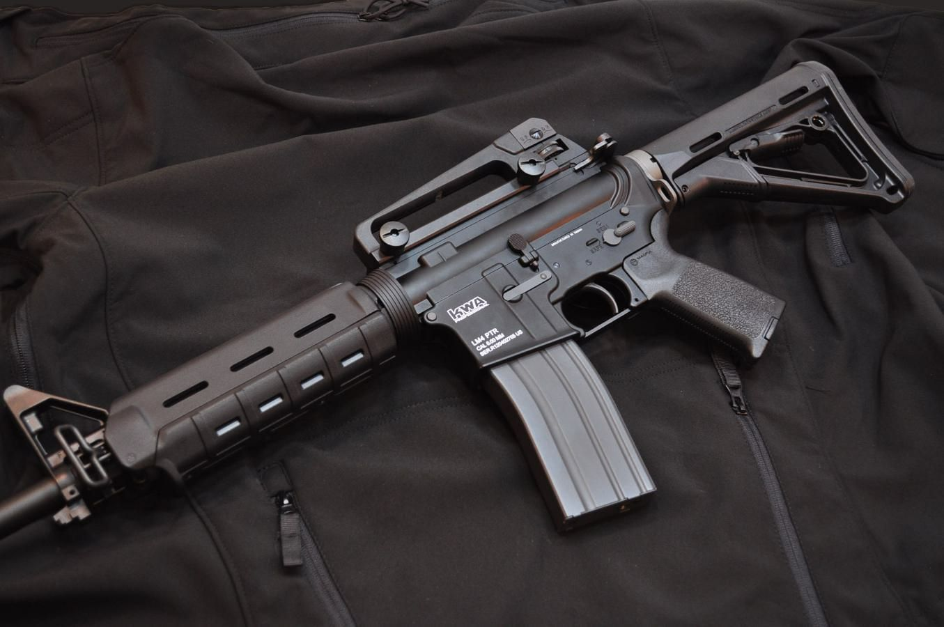 kwa_lm4_ptr_airsoft_training_rifle_magpul