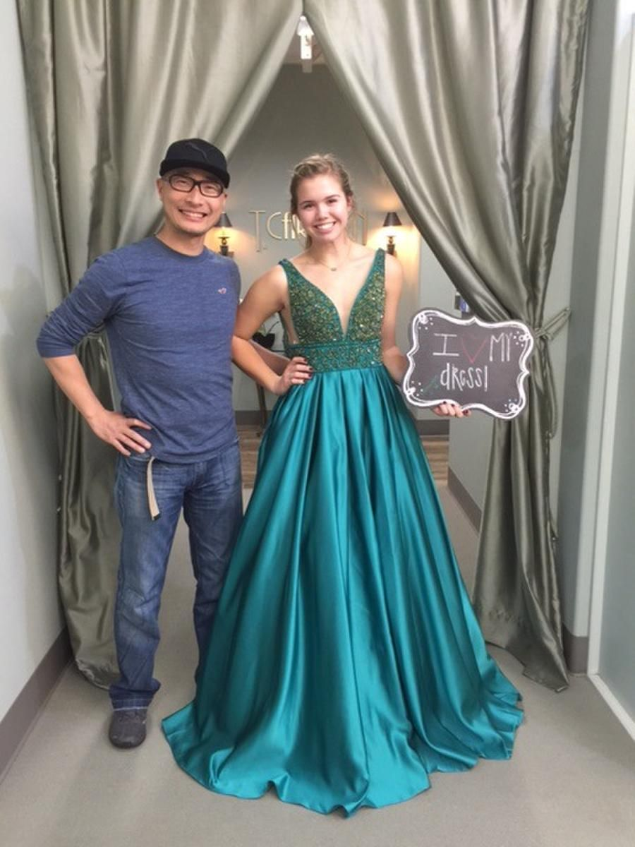 7802 T Carolyn Houston Tx Mother Of The Bride And Groom Formal Wear Prom Dresses Evening Dresses Plus Sizes Gowns Evening Dresses Plus Size Gowns Dresses [ 1200 x 900 Pixel ]