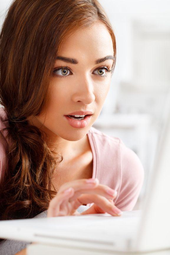 Mẹ đơn thân hỏi về mối quan hệ với bạn trai tây quen qua