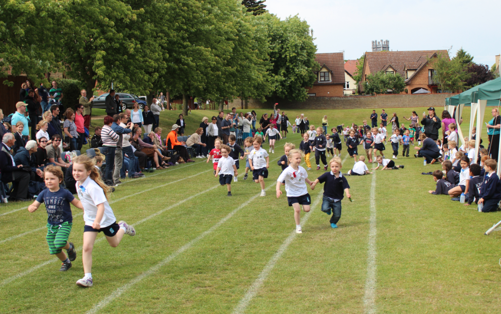 King's Ely Acremont Sports Day- Brothers and Sisters' Race
