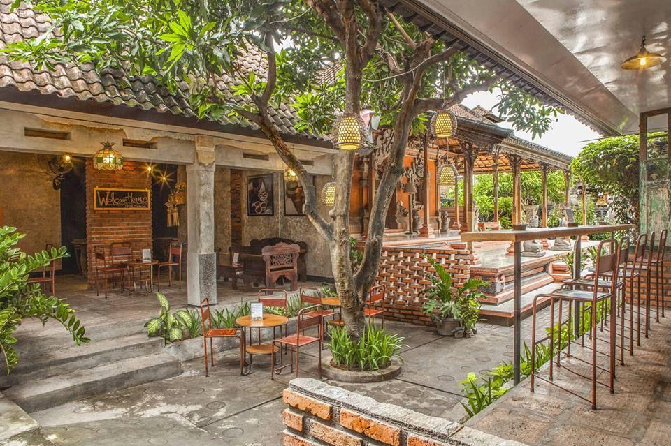 Caffein Coffe Shop Legian Bali