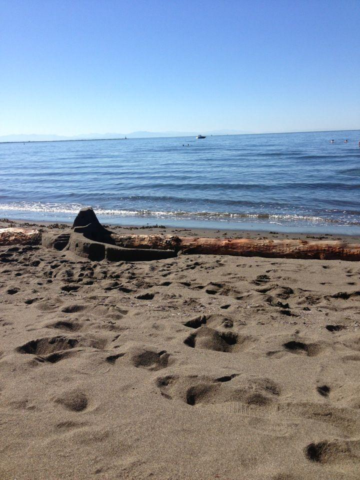 Wreck Beach (Nude beach?)
