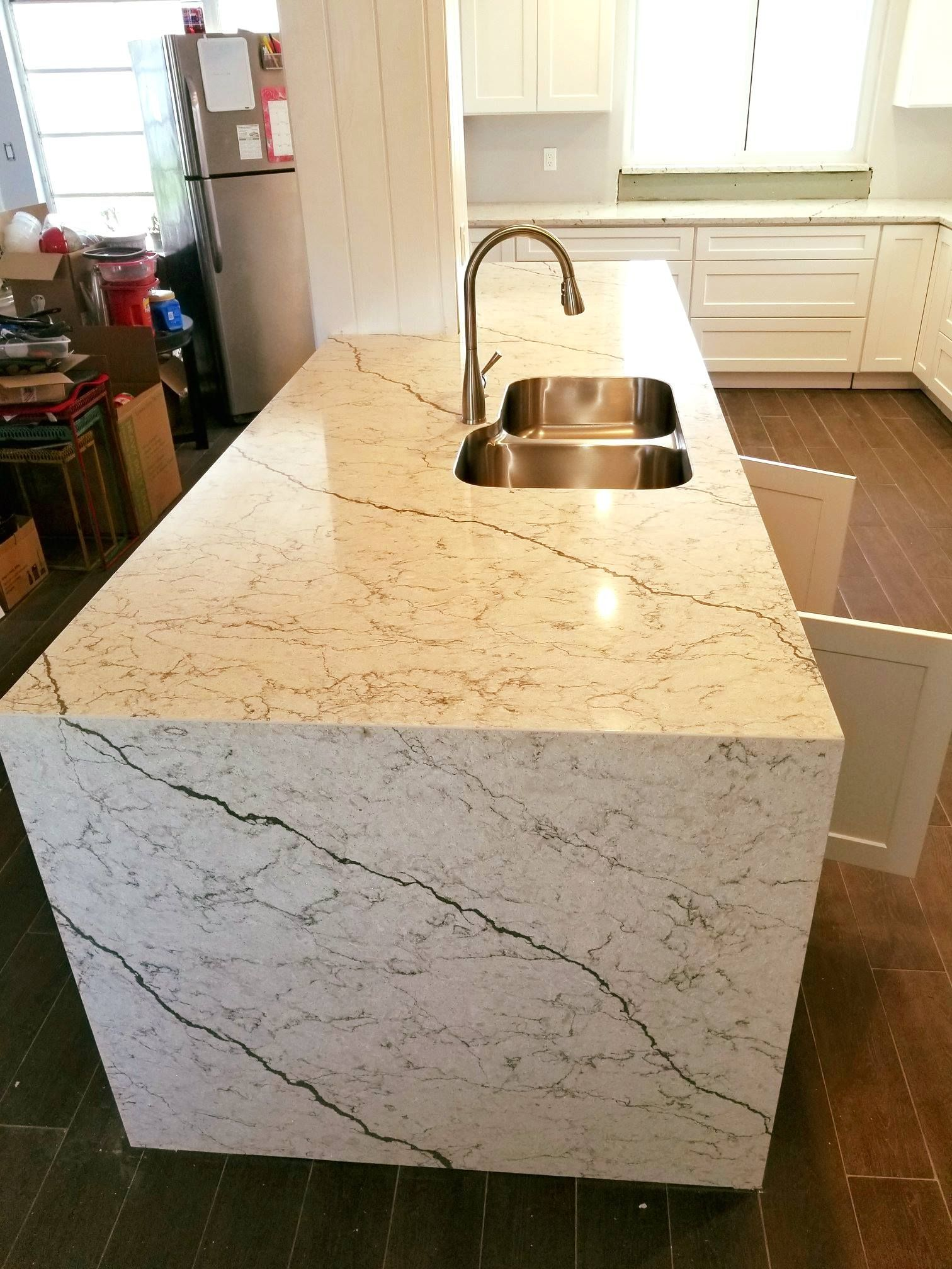 Beautiful White Pompeii Diamante Quartz Used In Kitchen Countertop Location Largo Kbfactoryoutlet