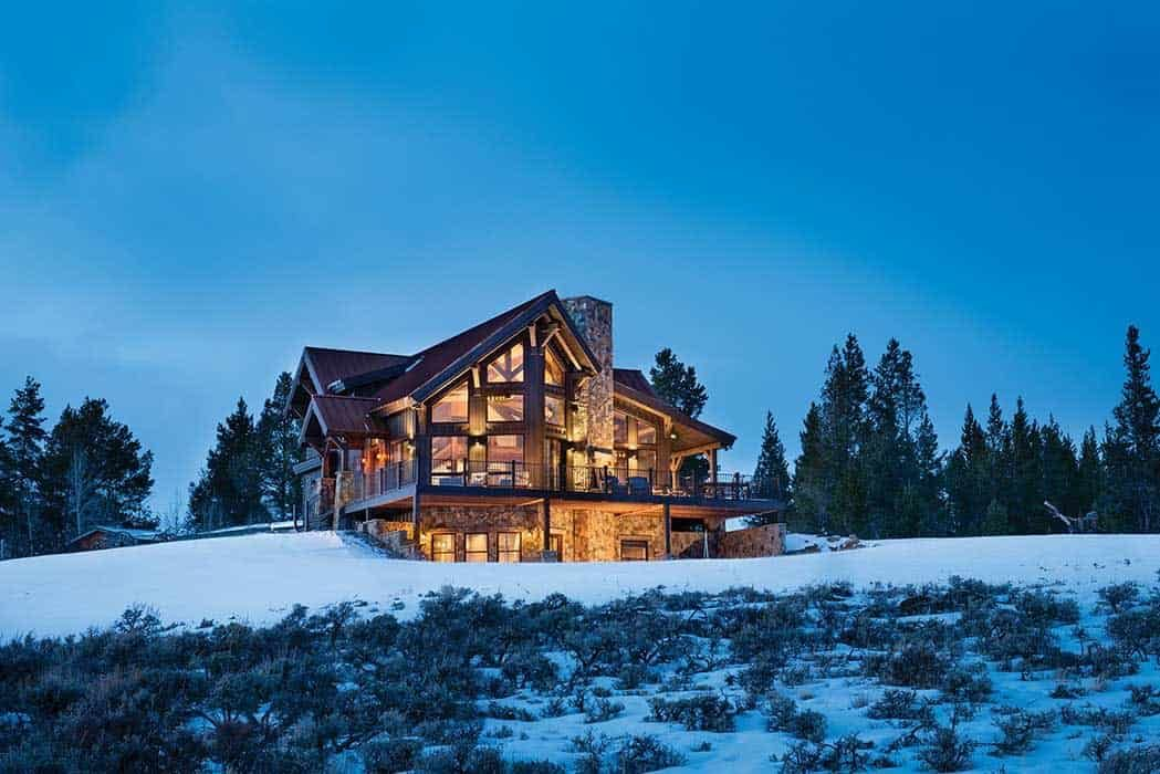 Delightful Timber Frame Mountain Cabin Perched On A Colorado Hillside In 2020 Timber Cabin Mountain Cabin Cabin