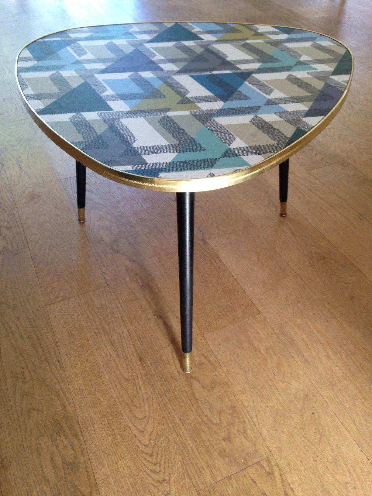 table tripode esprit scandinave tendance vintage design scandinave industriel ancien en. Black Bedroom Furniture Sets. Home Design Ideas