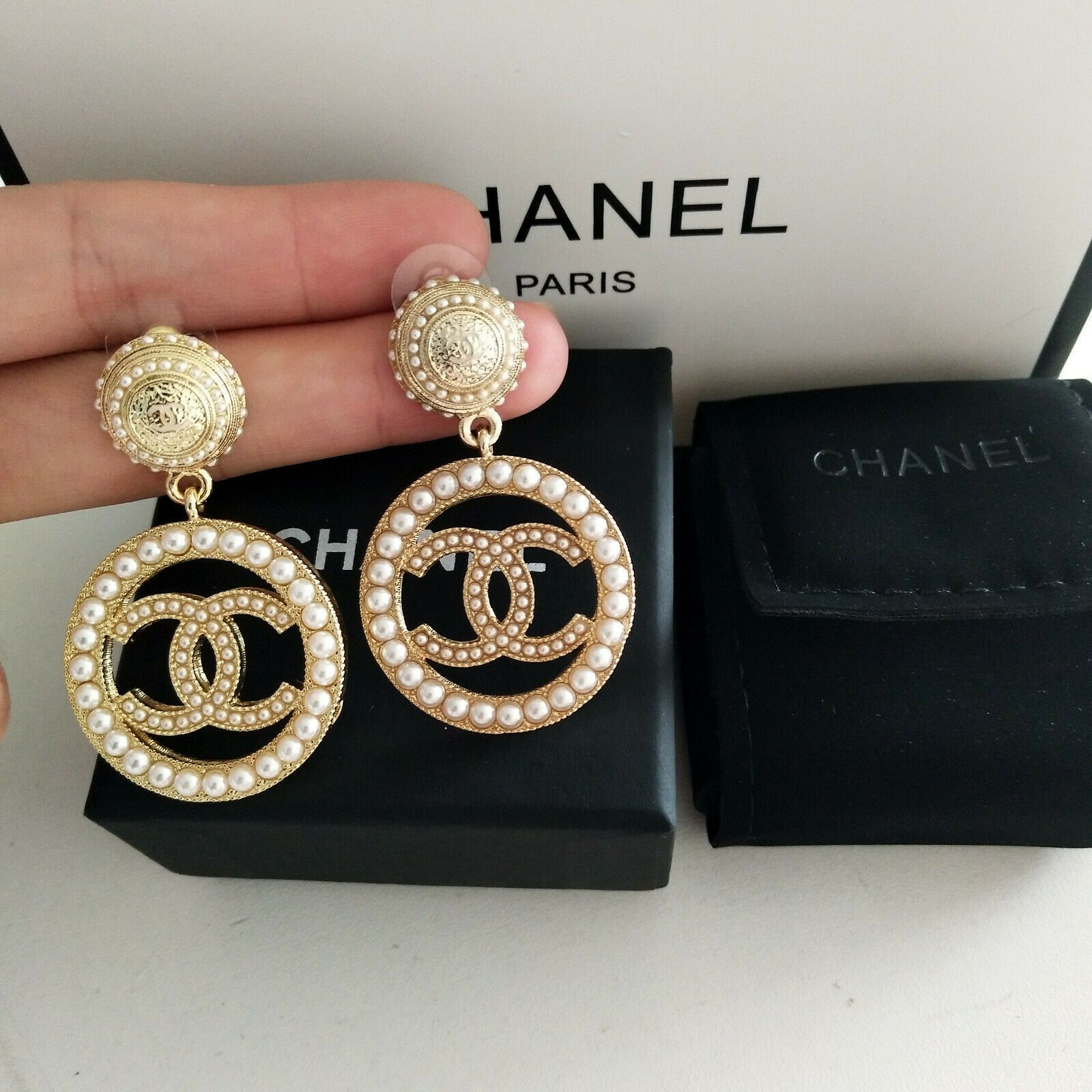 Chanel Large CC Logo 18K Gold Women Pierced Dangle Pearl