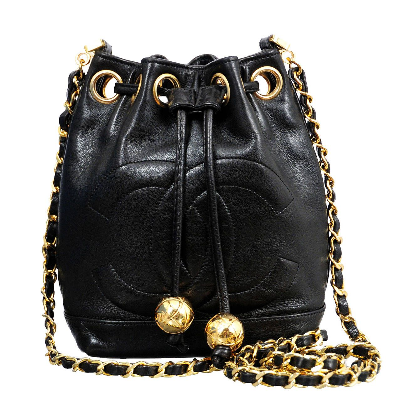Chanel Black Lambskin Mini Bucket Bag 1stdibs Com Mini Bucket Bags Bucket Bag Chanel Black
