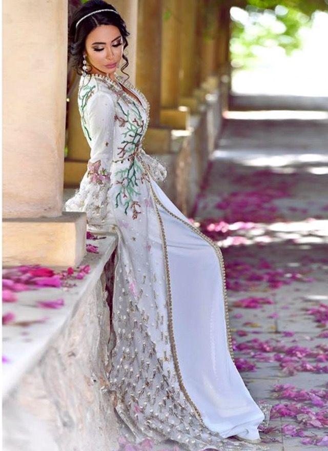 سلمى بن عمر Hijab Outfit def5de3436a