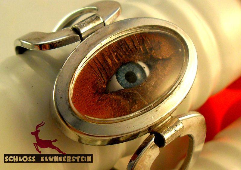 50 LOOKS - Unikat  Auge Armband 70ies Uhr-Gehäuse  von Schloss Klunkerstein - Uhren, von Hand gefertigter Unikat - Schmuck aus Naturmaterialien, Medaillons, Steampunk -, Shabby - & Vintage - Schätze, sowie viele einzigartige und liebevolle Geschenke ... auf DaWanda.com