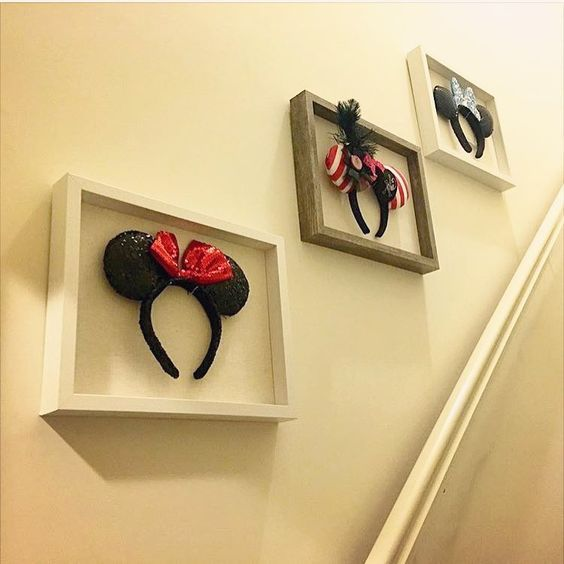 Fun idea for displaying your Mickey ears (some do look like works ...