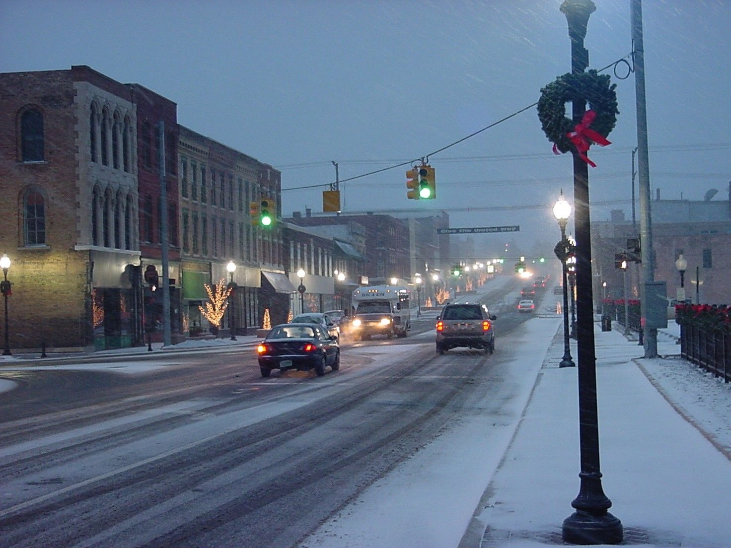 Downtown Niles in snow... remembering watching from ballet class as the snow fell <3