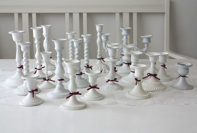 Vinksallaan: 24 kynttilänjalkaa