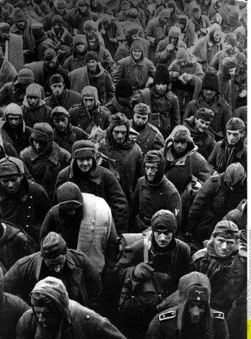Después de la Batalla. El VI Ejército Aleman **