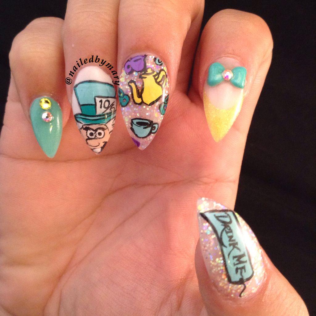 Alice in wonderland mad hatter stiletto nails | Finger tips ...