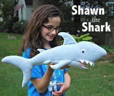 Shawn el patrón de costura de tiburón PDF por whileshenaps en Etsy