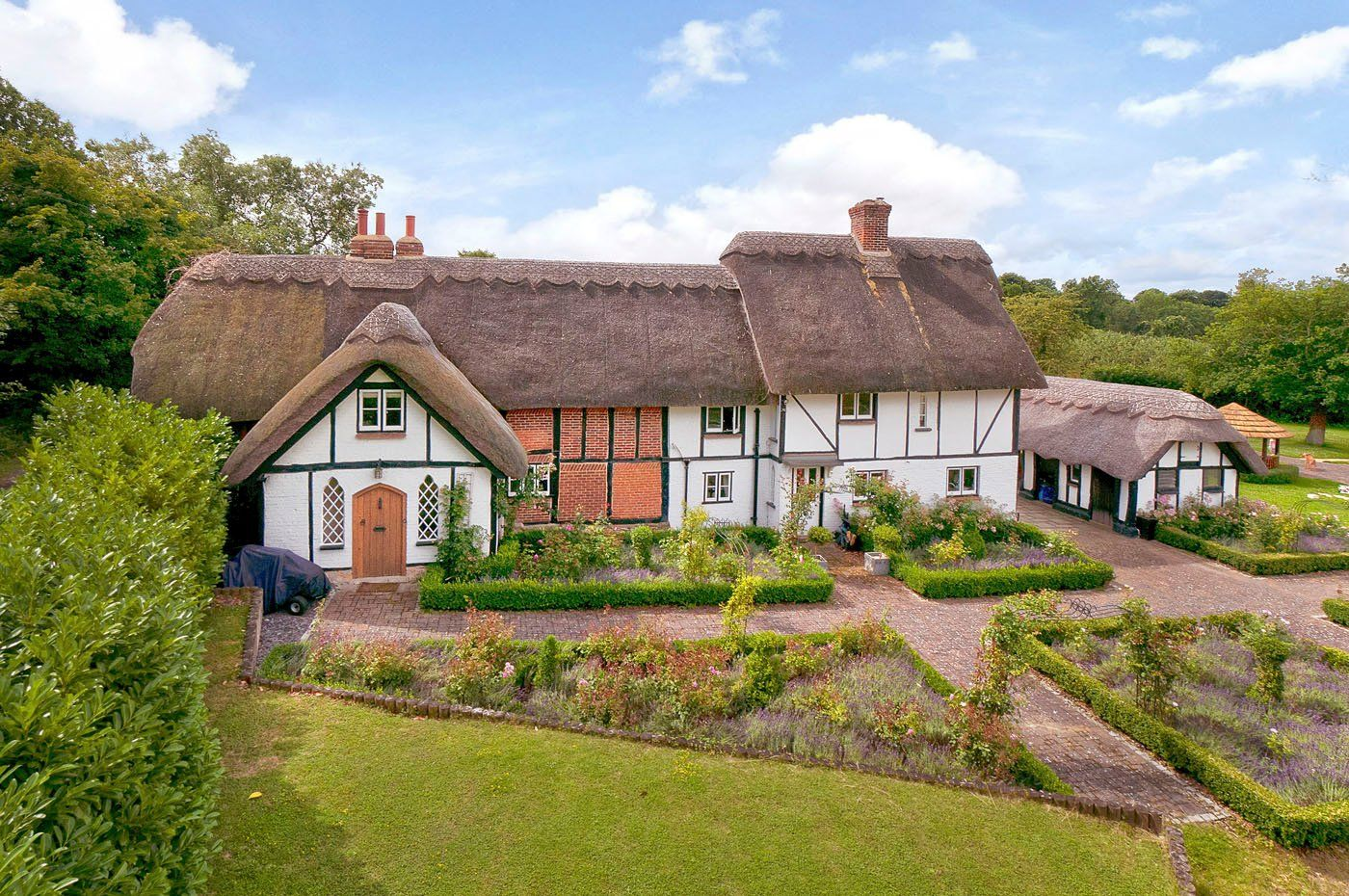 6 bedroom Detached for sale in Maidstone Detached house