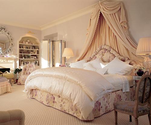 astounding rich girls bedroom rooms | Beautiful Bedrooms Fabulous luxury bedroom, beige, gold ...