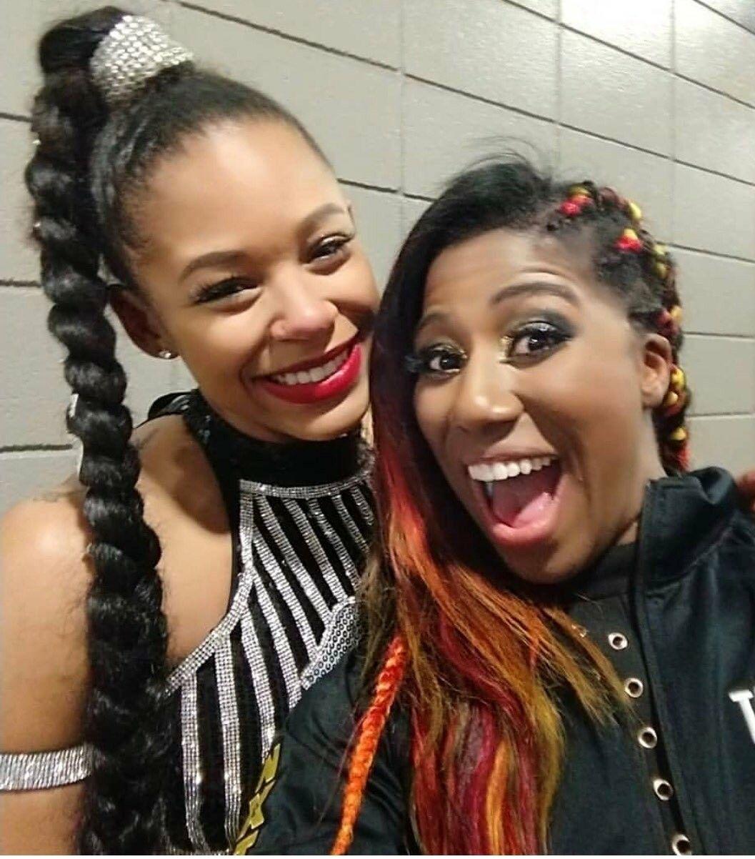 WWE Naomi And Bianca Belair Wallpapers - Wallpaper Cave