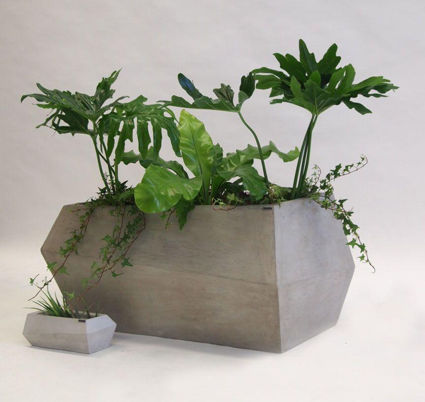 Macetas de dise o elaboradas en cemento aptas para for Macetas de exterior